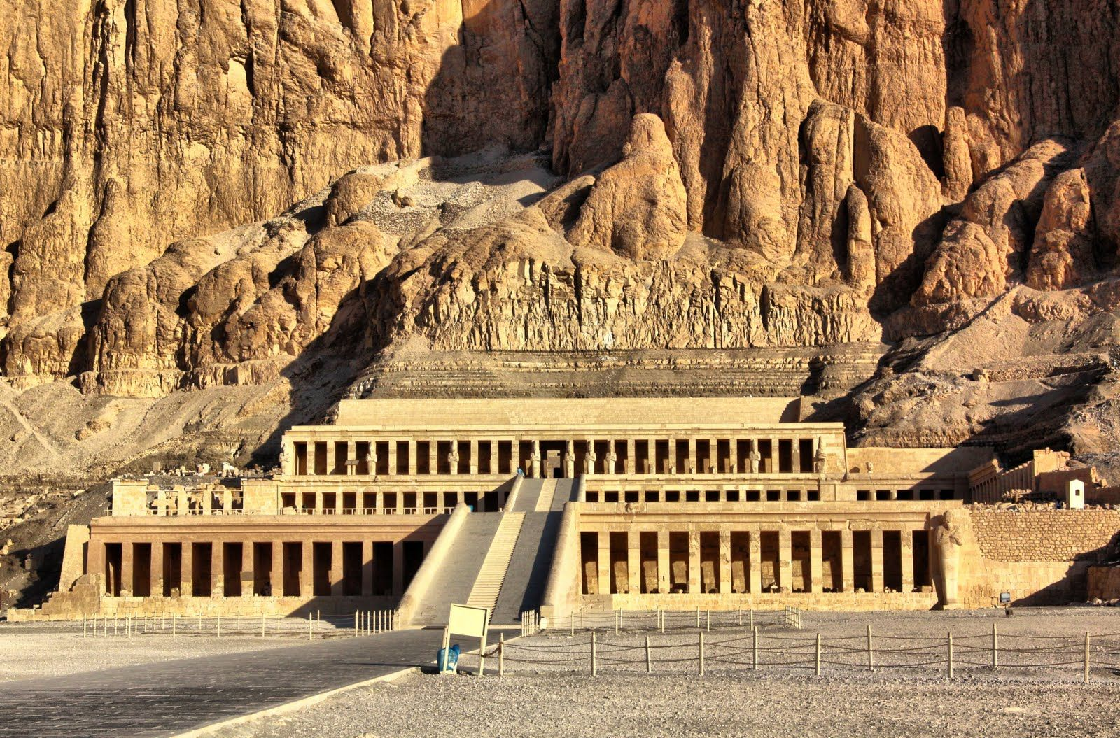 Full-Day Tour To East & West Banks Of Luxor With Lunch